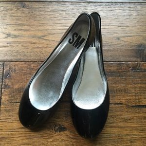 NEW! Steve Madden Black Patent Leather round flats